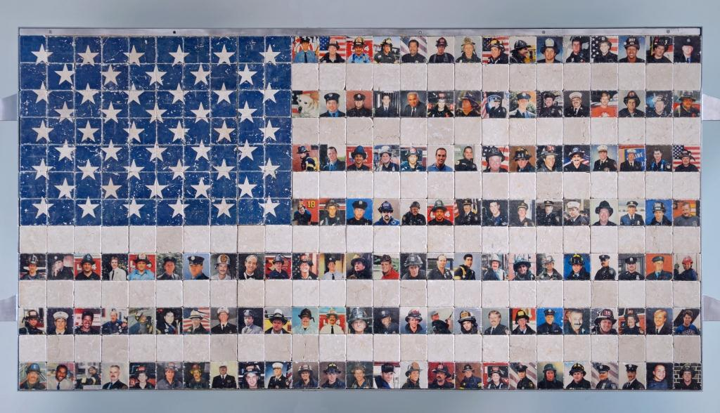 9-11MemorialFlagCloseUp[1].jpg