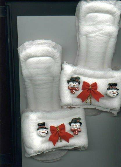 christmas-maxipad-slippers.jpg