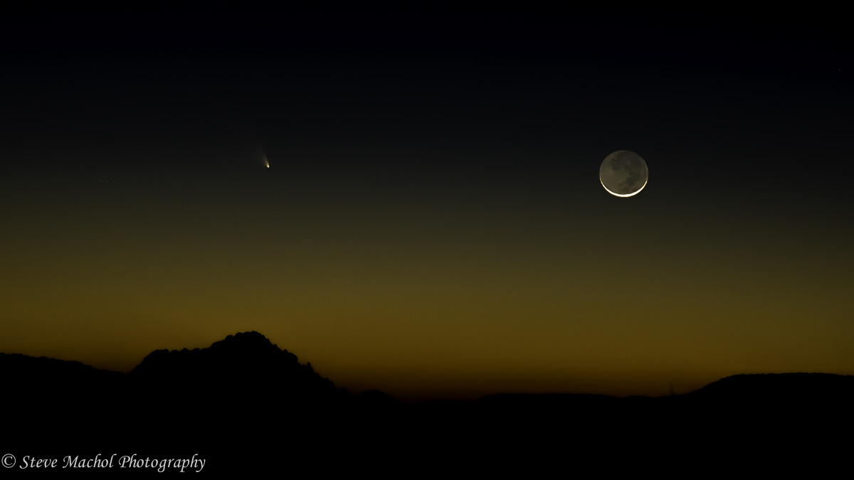 Comet Panstarrs and Crescent Moon.jpg