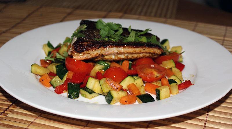 salmon_veg_toss.jpg